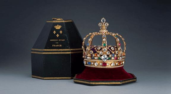 Couronne de Louis XV au musée du Louvre