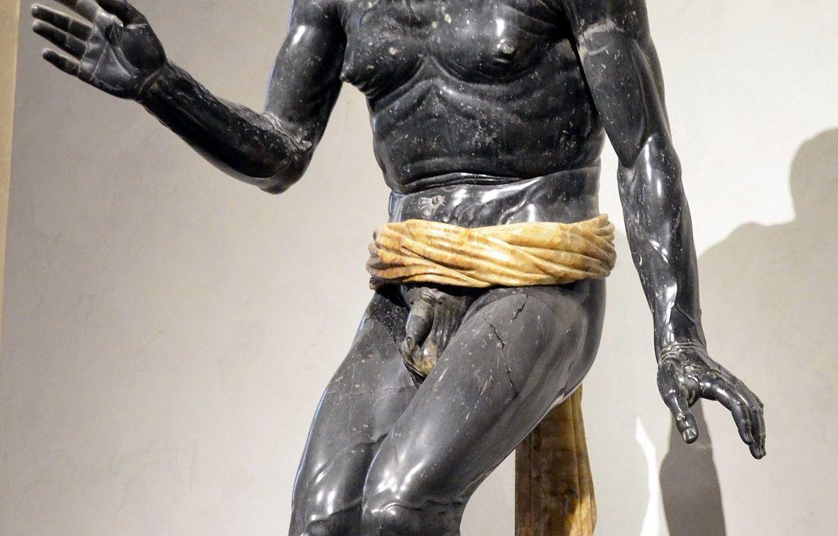 Statue du pécheur dit Sénèque mourant Musée du Louvre
